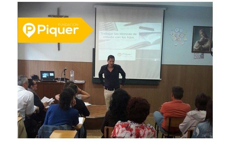 Taller de Técnicas de Estudio en el Colegio Santa Ana de Calatayud, organizado por Fecaparagón y Fundación Piquer